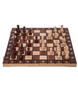 Chess Envoy